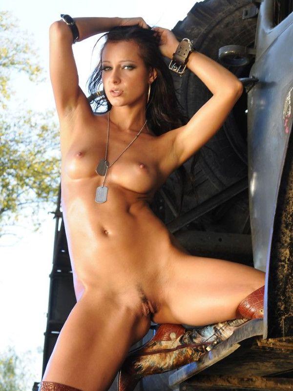 Nude Filipino Women Brunette Photos 5 Of 10