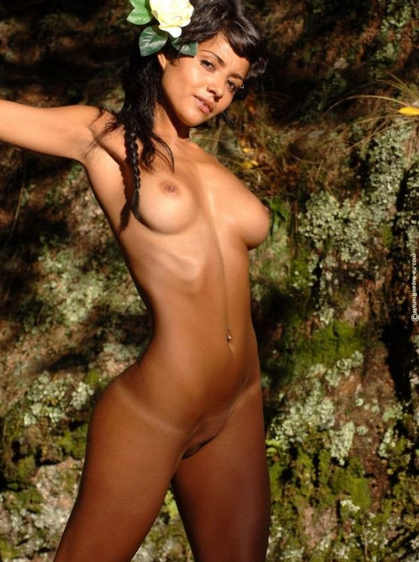 Fresh Brazilian Women Seduction Images 1 Of 10