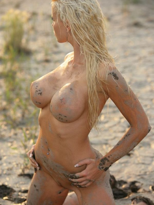 Fancy Indonesian Dubai Escort Call Girl Nipples Pictures 5 Of 10