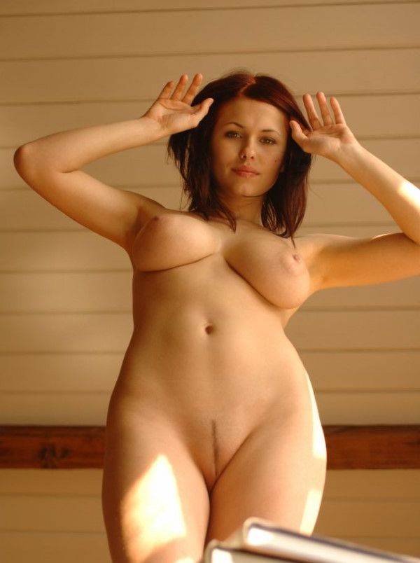 Naked Hungarian Dubai Escort Girlfriend Tight Pussy Images 3 Of 10