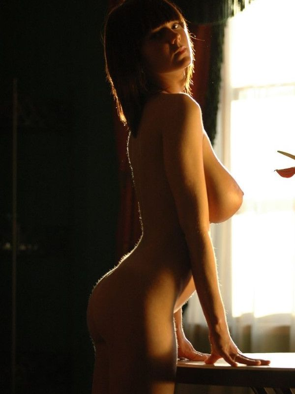 Naked Hungarian Dubai Escort Girlfriend Tight Pussy Images 7 Of 10