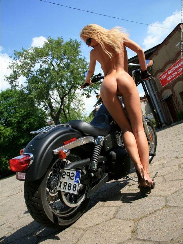 Nude Asian Call Girl Stripper Photos 9 Of 10