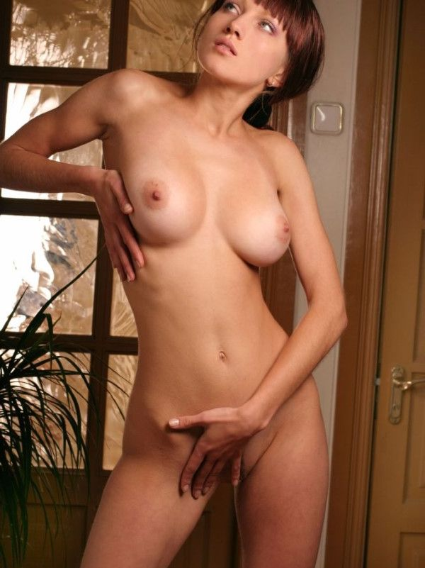 VIP Korean Lady Shaved Pussy Images 3 Of 10