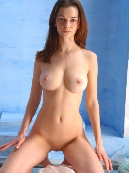 Athletic Turkish Dubai Escort Female Small Tits Images UAE